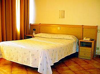 Hotel Auto Hogar bedroom2
