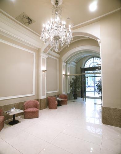 Hotel Covadonga entrance