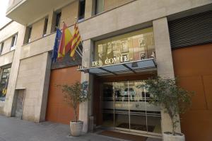 Hotel Del Comte entrance