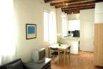 Apartments FG Barceloneta sitting room
