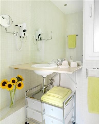 FG Plaza Catalunya Bathroom