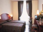 Hotel Gotico bedroom