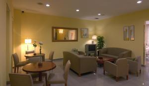 Hotel Gran Ducat TV room