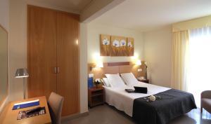 Hotel Gran Ducat bedroom
