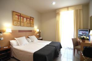 Hotel Gran Ducat bedroom2