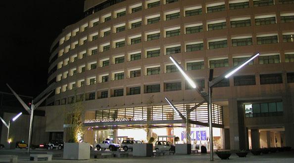 Hotel Grand Marina Facade