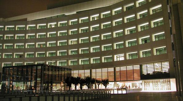 Hotel Grand Marina Exterior
