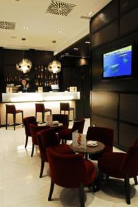 Hotel Gran Via 678 bar