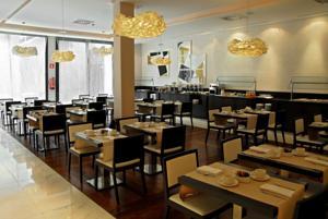 Hotel Gran Via 678 restaurant