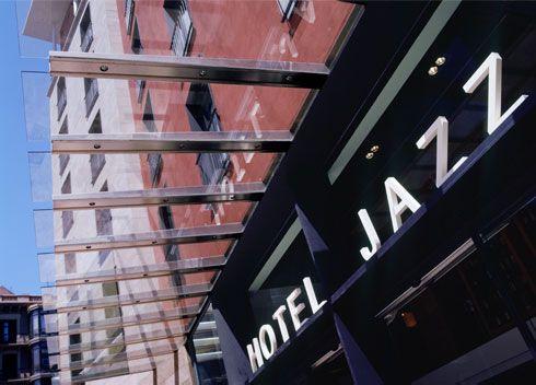 Hotel Jazz exterior