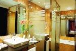 Hotel Melia Barcelona bathroom