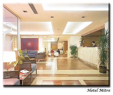 Hotel Mitre lobby