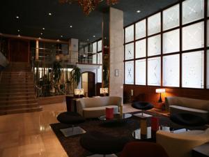 Hotel Silken Ramblas lobby