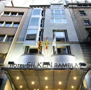 Hotel Silken Ramblas entrance